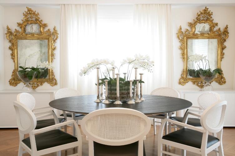 Jogo De Sala De Jantar Em Promocao ~  sala de jantar com espelhos em desenho clássico e móveis em linhas