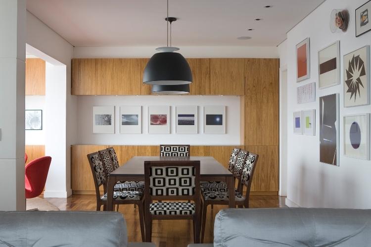 De tv sala de jantar cozinha integrada lavanderia e for Sala de estar pequena con escritorio