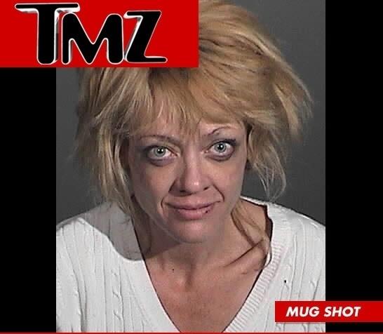 2.abr.2012 - A atriz Lisa Robin Kelly, que trabalhou em