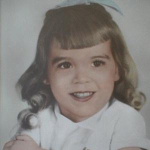 Carolee Sadie Ashby, 4, morreu há 45 anos após ser atropelada por um carro em Fulton (EUA)