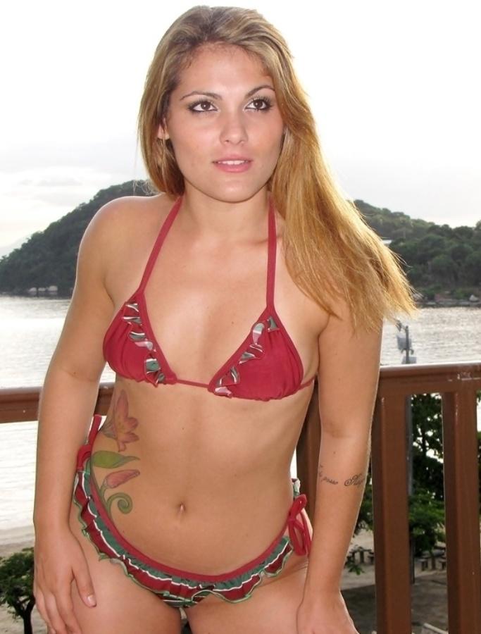 Jéssica Grassini está na briga para representar o Fluminense no Belas da Torcida 2013