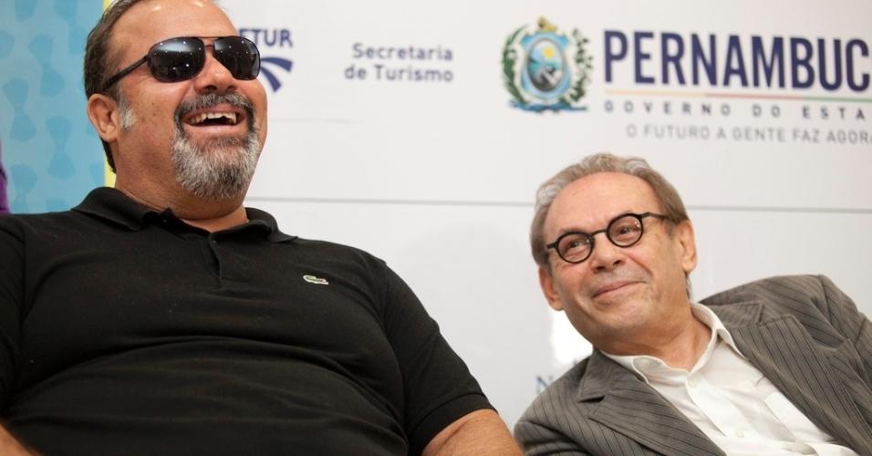 27.abr.2013 - Os atores André Mattos (à esq) e José Wilker participa da coletiva de imprensa de seu novo filme