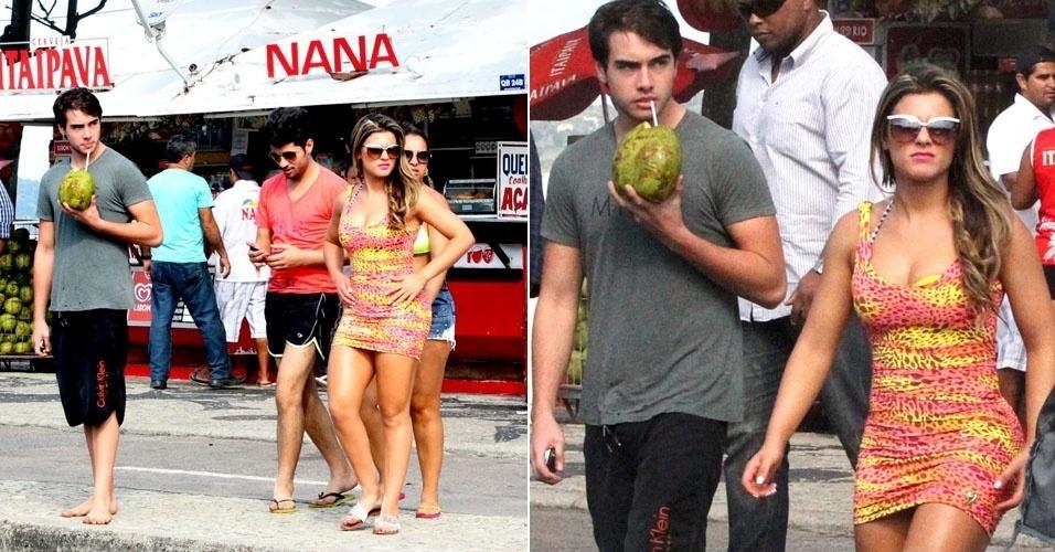 27.abr.2013 - Babi Rossi curte praia com o namorado, Olin Batista, na Barra da Tijuca, Rio de Janeiro