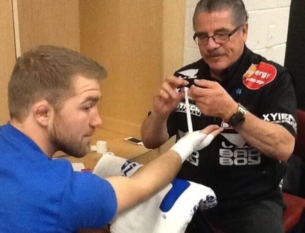 Bryan Caraway se prepara para luta contra Johnny Bedford no card preliminar do UFC 159