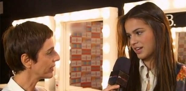 29.abr.2013 - Lilian Pacce entrevista Bruna Marquezine no