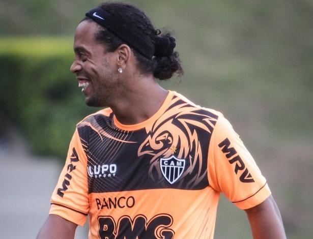 30/04/2013 - Ronaldinho Gaúcho na Cidade do Galo, CT do Atlético-MG, em Vespasiano