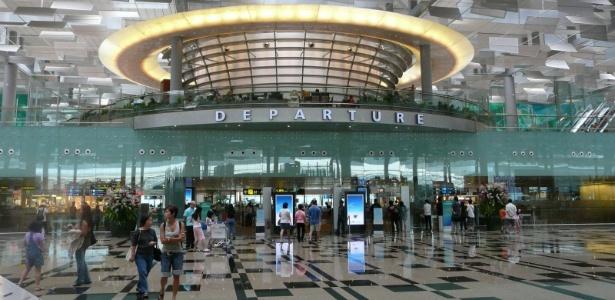 O aeroporto de Changi, em Cingapura foi eleito por quatro vezes o melhor terminal aéreo do mundo