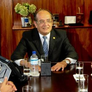 O ministro do STF Gilmar Mendes recebe senadores