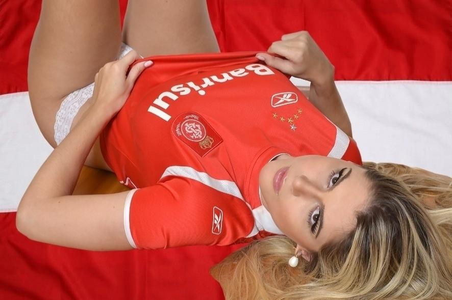 Fernanda Araldi pode representar o Internacional no Belas da Torcida 2013