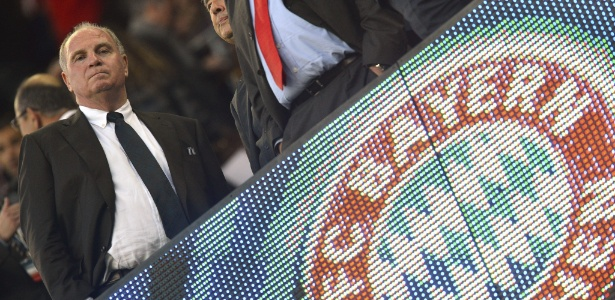 Presidente do Bayern de Munique, Uli Hoeness, confessou ter cometido fraude fiscal