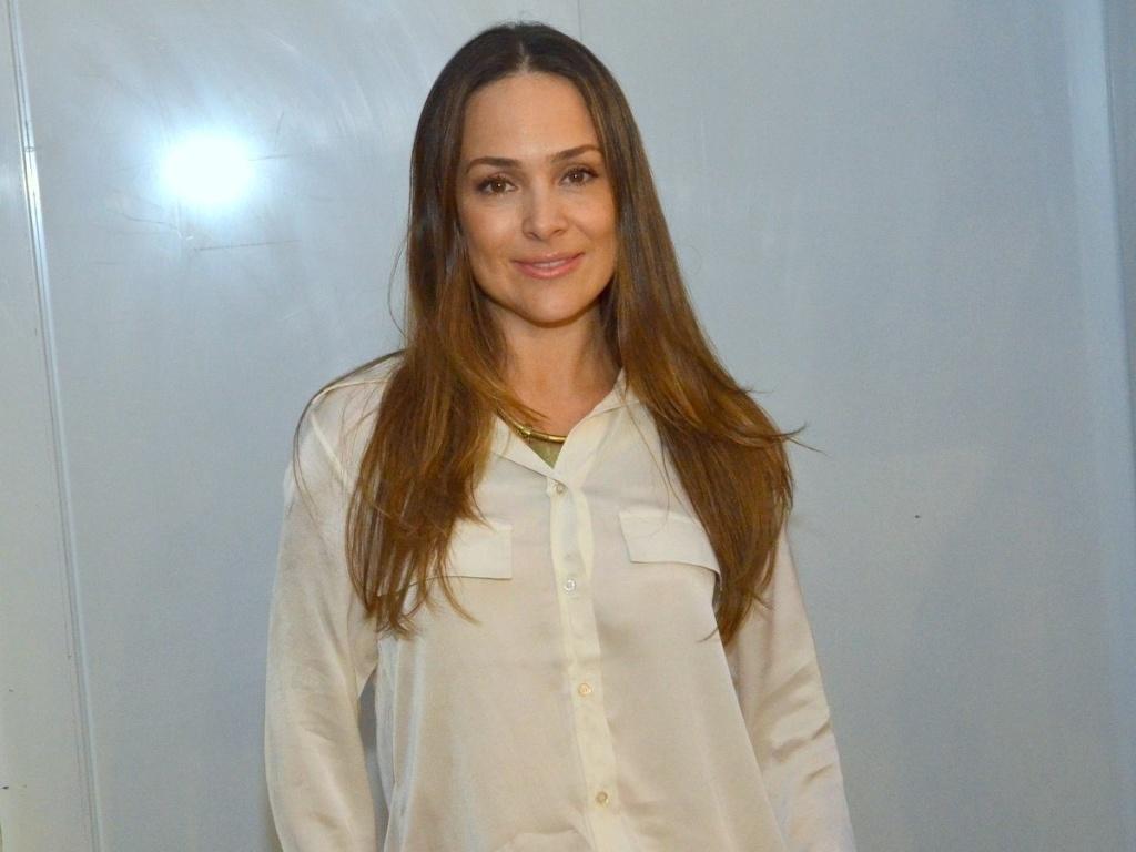 30.abr.2013 - Gabriela Duarte chega para a coletiva de lançamento da novela