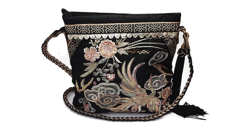 Bolsa de algodão com bordados; R$ 189, da Accessorize