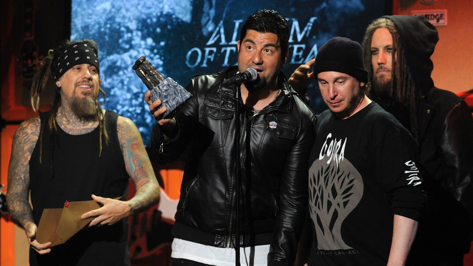 2.mai.2013 - A banda Deftones recebeu o prêmio de Álbum do Ano, por