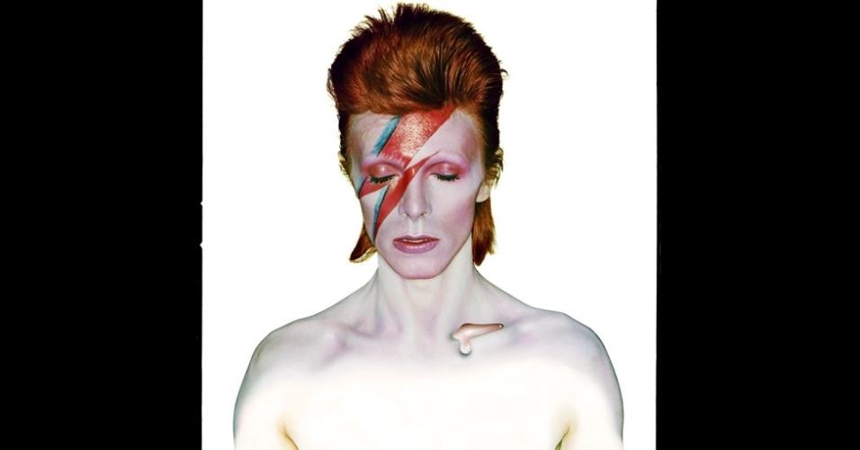 A exposição marca o 40º aniversário de um dos trabalhos mais famosos de Duffy, a famosa capa do álbum de Bowie Aladdin Sane, de 1973.