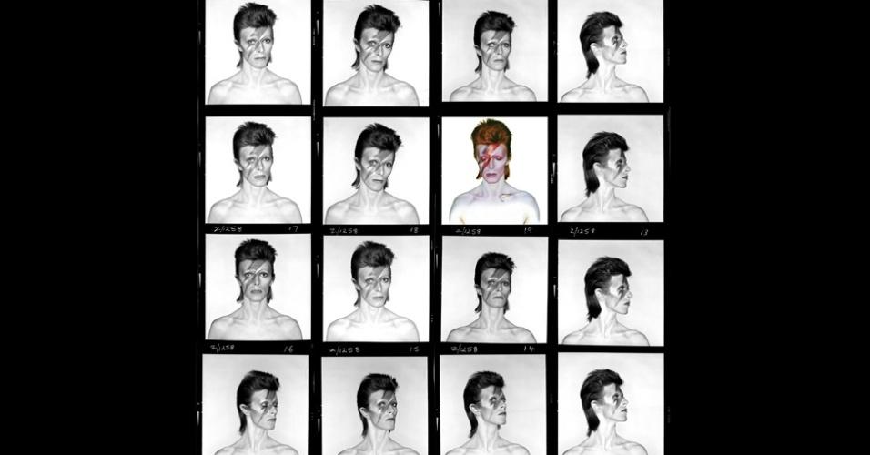 Para criar a capa, foi decidido que o flash se concentraria no rosto de Bowie. Duffy se inspirou em objetos comuns de seu estúdio e, juntamente com o maquiador Pierre La Roche, copiou o raio vermelho e azul de uma panela da marca National Panasonic, que estava no local