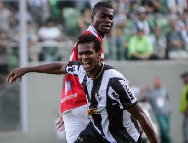 05/05/2013 - Jô durante o jogo em que o Atlético-MG venceu o Tombense, por 5 a 1
