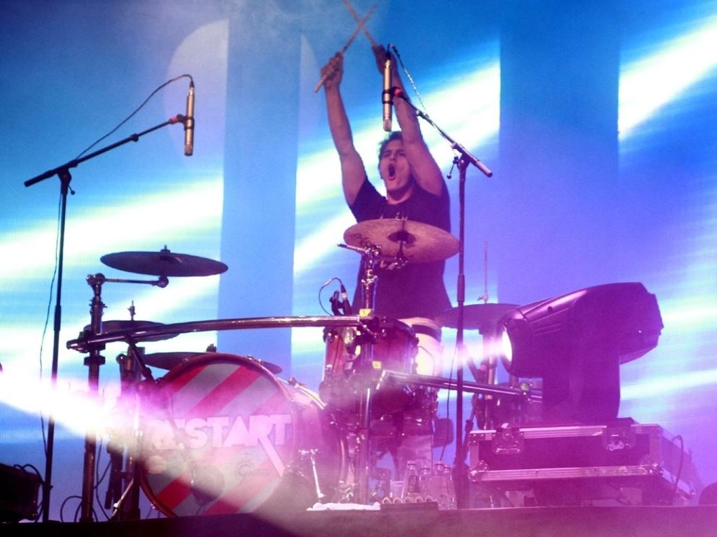 5.mai.2013 - A banda Restart apresenta nova turnê 2013 no HSBC Brasil, em São Paulo. Em entrevista ao UOL, PeLu descartou o lançamento de um novo álbum.