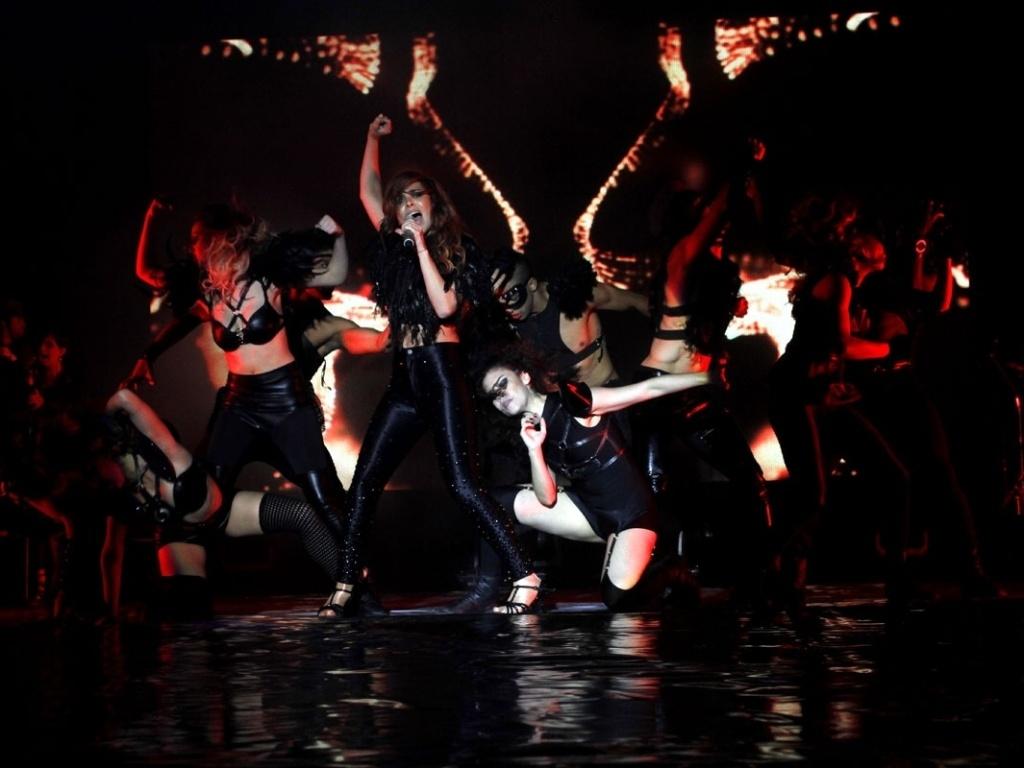 5.mai.2013 - Wanessa apresenta coreografias criadas por Bryan Tanaka para a