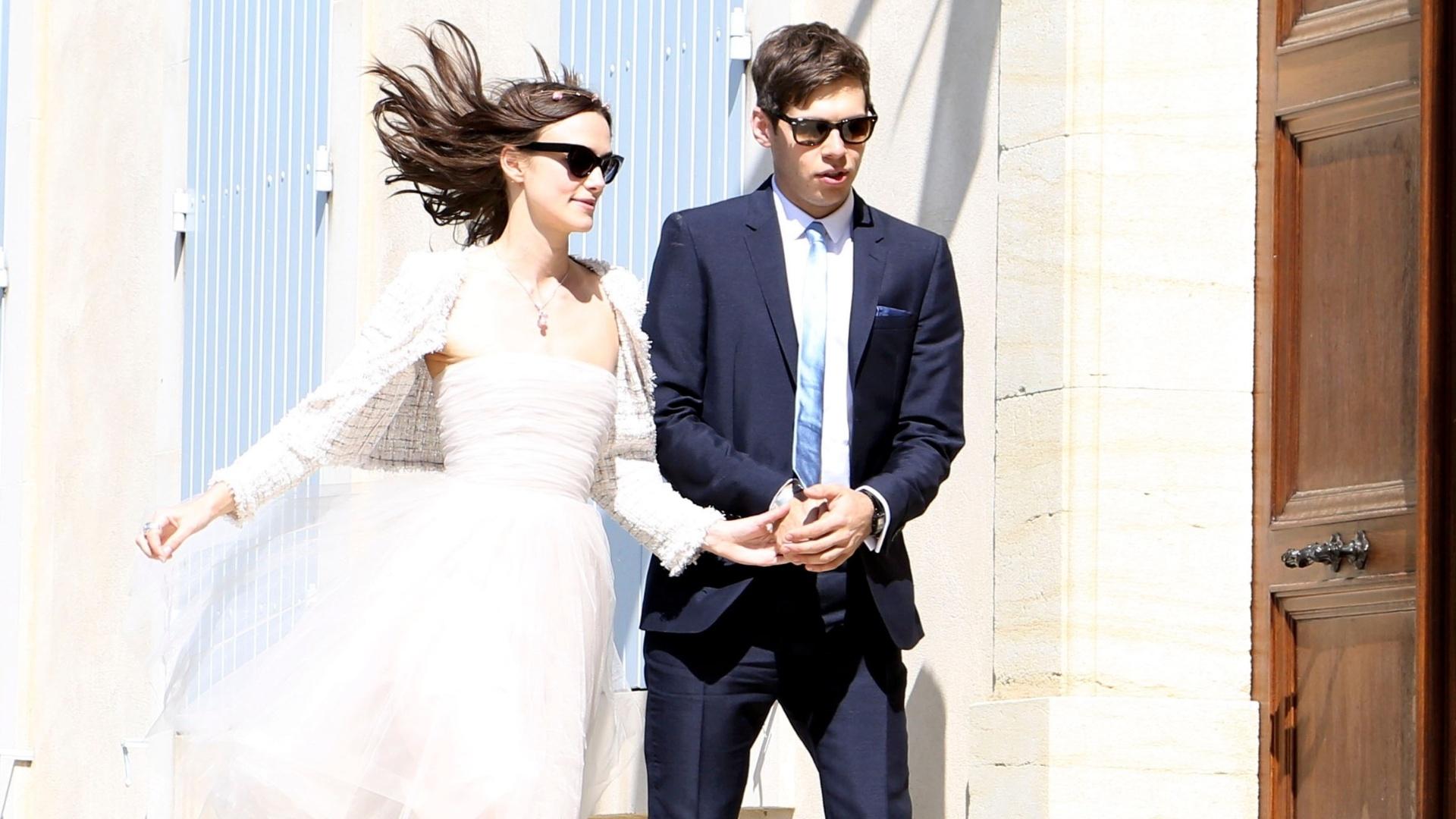 4.maio.2013 - Keira Knightley e James Righton se casam na cidade de Mazan, na França