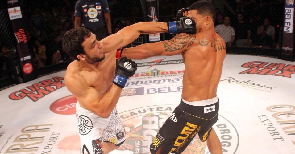 Elias Silvério é o novo campeão dos meio-médios do Jungle Fight