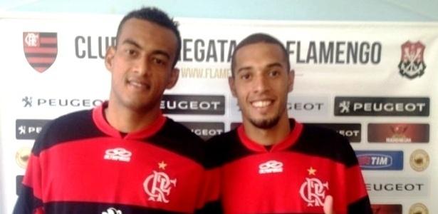 Volante Diego Silva e atacante Paulinho (dir.) chegam ao clube como apostas para futuro