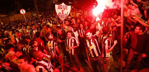 08052013   1368059700368 615x300 Crente em novo milagre, Atlético MG pega Newells por final histórica