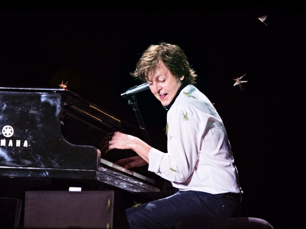 8.mai.2013 - Depois de invasão de insetos no show de Paul McCartney em Goiânia, a equipe do cantor divulgou em seu site oficial fotos do