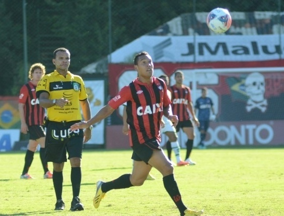 Edigar Junio, atacante do time sub-23 do Atlético-PR