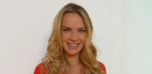 Modelo Letícia Birkheuer emagreceu 16 quilos após gravidez