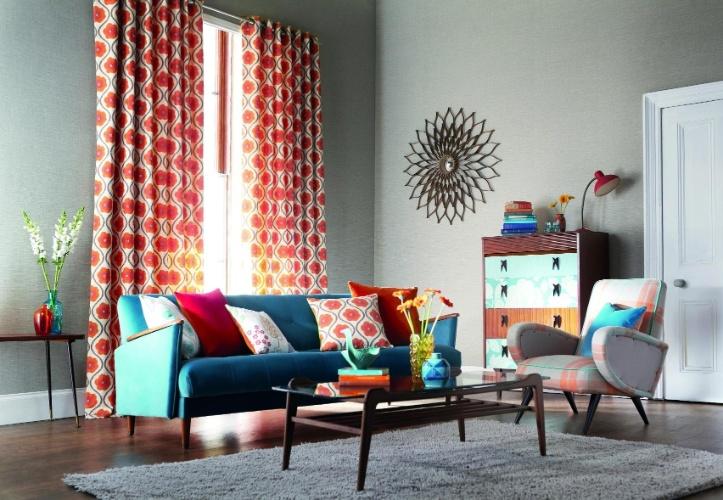 sala de estar foi revestida de tecido de fibras naturais com base de ...