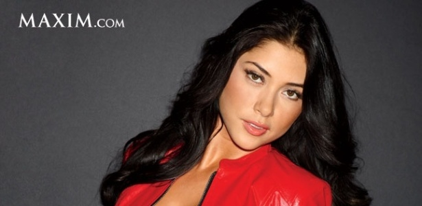 Arianny Celeste posa para a revista Maxim como a 18 mais sexy do planeta