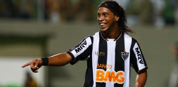 Ronaldinho pode abrir portas para jogos no exterior durante Copa das Confederações