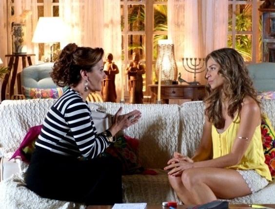 """Em """"Flor do Caribe"""", Ester se recusa a voltar para Alberto após pedido de Guiomar"""