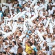 Torcida do Santos mant&eacute;m 'catimba' e perturba Corinthians com foguet&oacute;rio em hotel
