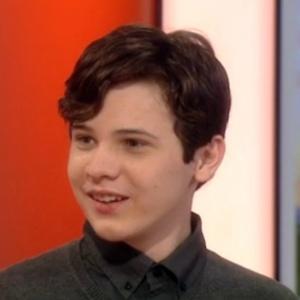 Jacob Barnett, 14, diagnosticado com autismo aos dois anos de idade, hoje estuda para obter seu mestrado em física quântica