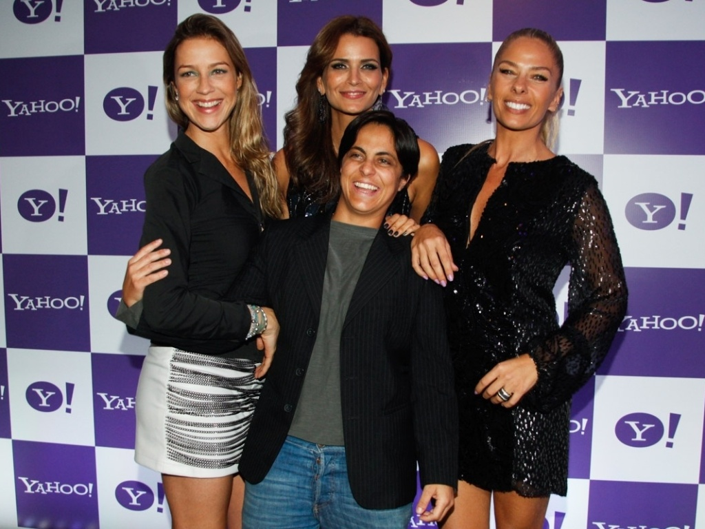 15.mai.2013 - Adriane Galisteu e Fernanda Motta com Luana Piovani e Thammy Miranda no lanamento da competio Yahoo! Beat & Beauty, que busca a melhor DJ feminina do pas