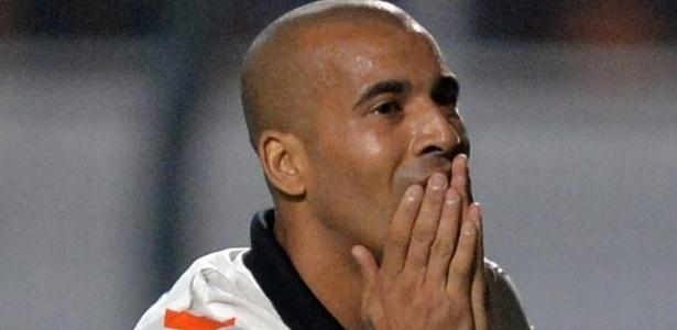 Corinthians, de Emerson, foi o último paulista eliminado em 2013