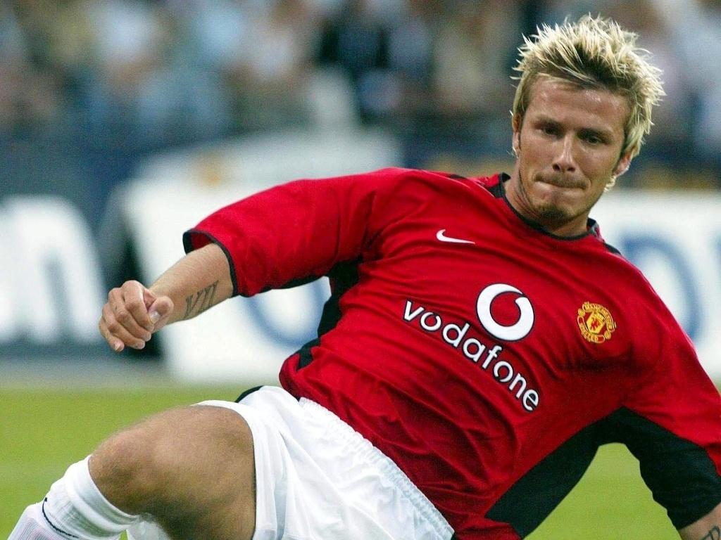 06.ago.2002 - David Beckham com luzes em 2002, quando jogada pelo Manchester United