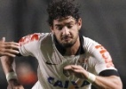 Elenco milionrio cai, e Corinthians se irrita com questionamentos