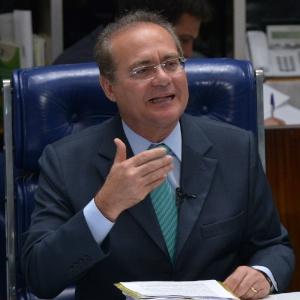 O senador Renan Calheiros, presidente do Senado, assume a Presidência da República com as viagens internacionais de Dilma, Temer e Henrique Alves