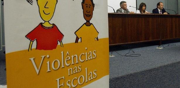 A violência nas escolas preocupa cada vez mais as autoridades, que realizam seminários para compreender o problema