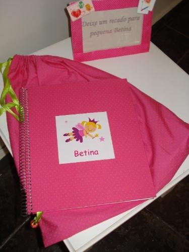 Uma ideia legal é disponibilizar um caderno para recados dos convidados ao bebê. Para copiar, basta fazer uma capa personalizada e deixar num local de fácil acesso na festa.  www.aartedebemreceber.blogspot.com