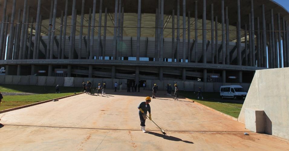 18.mai.2013 - Estádio receberá partida entre Santos e Flamengo pela 1ª rodada do Brasileirão