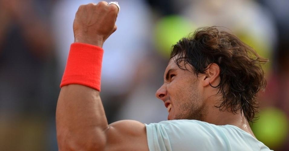 18.mai.2013 - Rafael Nadal cerra o punho para vibrar com a vaga na final do Masters 1000 de Roma, conquistada ao derrotar Tomas Berdych