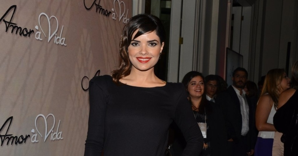 """18.mai.2013 -Vanessa Giácomo na festa organizada pela Globo em um restaurante de SP para promover a novela """"Amor à Vida"""""""