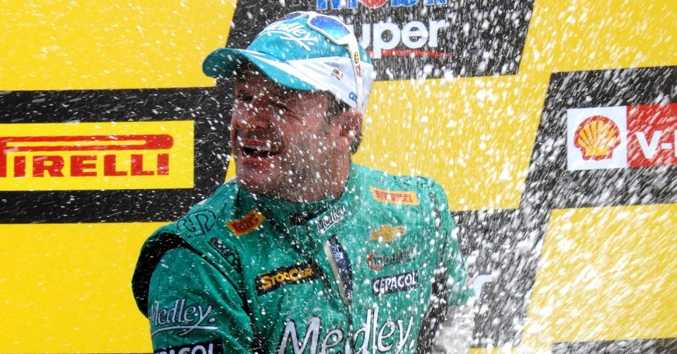Barrichello conquista primeiro pódio na Stock Car ao chegar em 2º no GP da Bahia, neste domingo