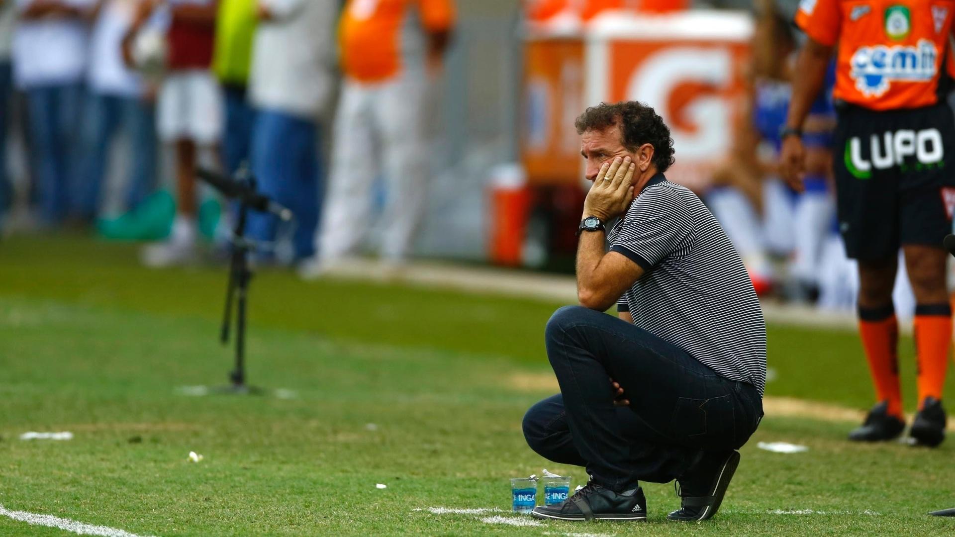 Cuca não se conforma com vitória no primeiro tempo do Cruzeiro por dois gols