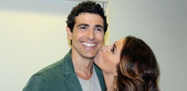 4.out.2012 - Reynaldo Gianecchini e Giovanna Antonelli nos bastidores de