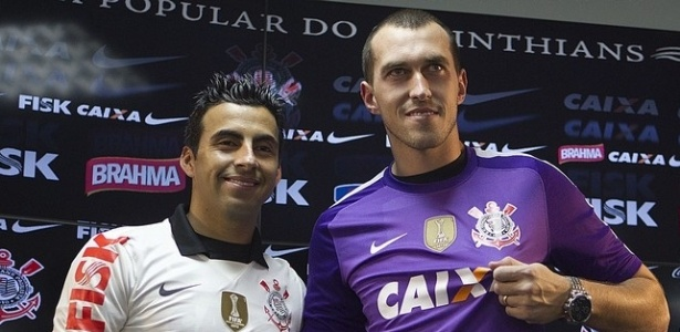 Volante Maldonado e goleiro Walter são apresentados como reforços do Corinthians