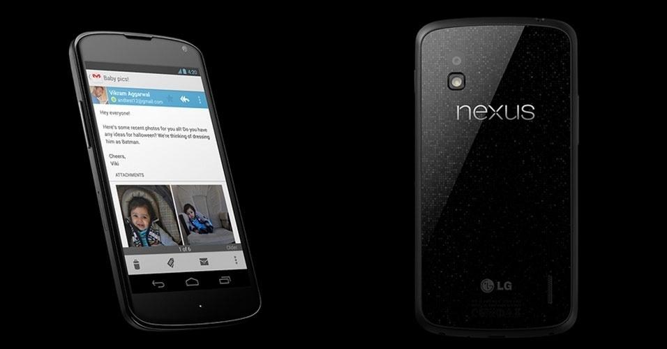 27.mar.2013 - O Nexus 4 tem tela de 4,7 polegadas, sistema operacional Android Jelly Bean (versão pura, sem alterações do fabricante), processador quad-core de 1,5 GHZ, câmera de 8 megapixels. O aparelho produzido em parceria entre LG e Google é vendido no Brasil a R$ 1.699